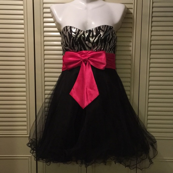 Pink and Black Party Dresses for Juniors